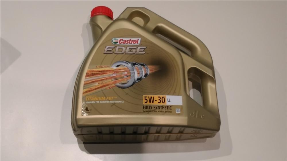 Olej Silnikowy Castrol EDGE Titanium 5W30 4litry 6