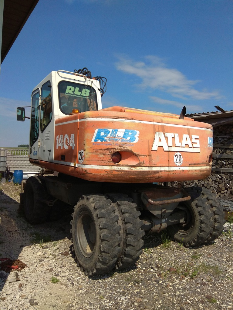 Koparka kołowa Atlas 1404 + 2 łyżki