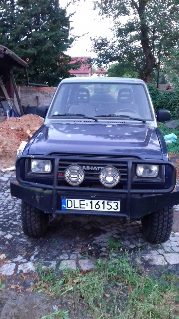 terenowy 4x4 podwyższony Daihatsu Feroza diesel ...