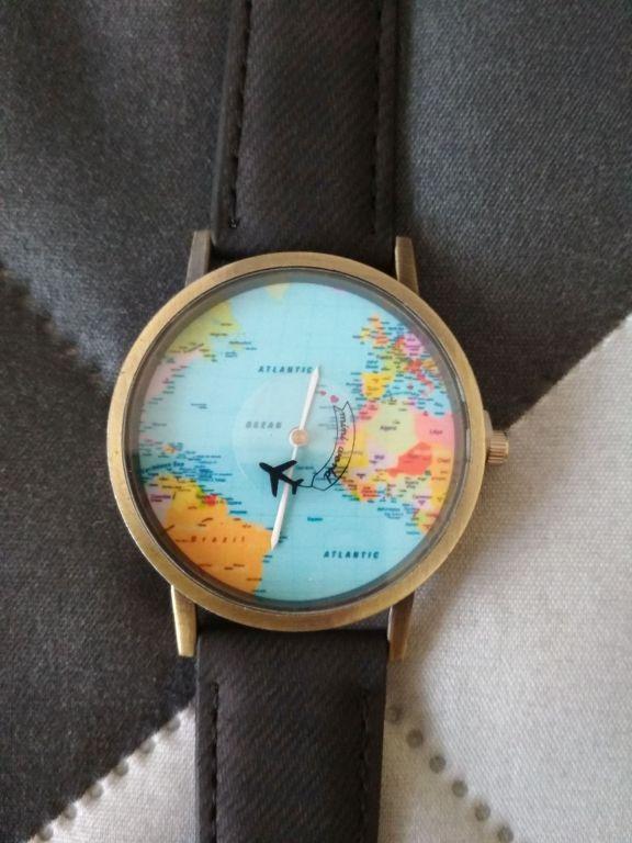 zegarek podróżnika naręczny mapa samolot nowy glob