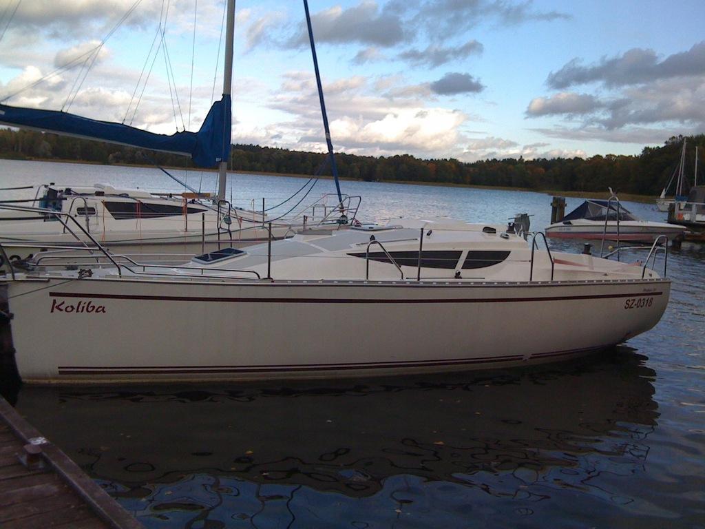 Jacht żaglowy PHOBOS 29 maksymalne wyposażenie