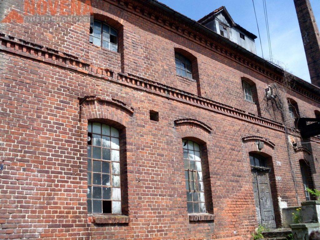 Dom, Bierutów, Bierutów (gm.), 1000 m²