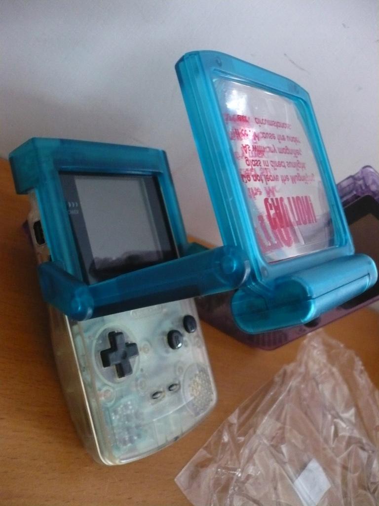 Oświetlenie,powiększalnik ekranu - Game Boy COLOR