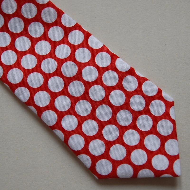 Krawat świąteczny- doskonała jakość 4-6lat groszki