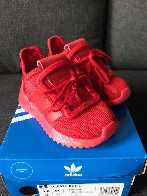 Adidas path run czerwone 21 paragon karton