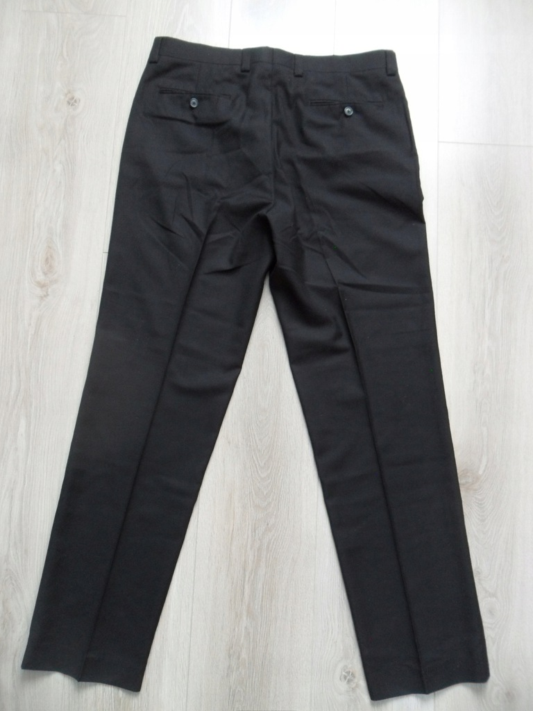 Czarne spodnie kantka Calvin Klein r. 34Wx32L