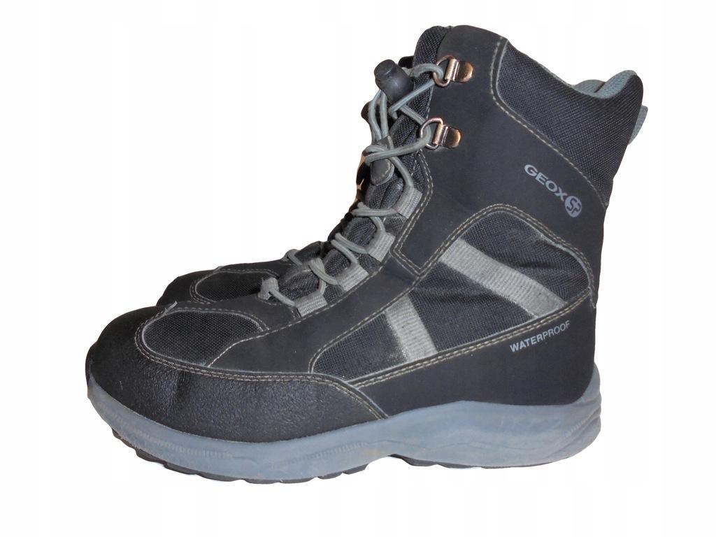 Zimowe buciki firmy Geox Waterproof. Rozmiar 35.