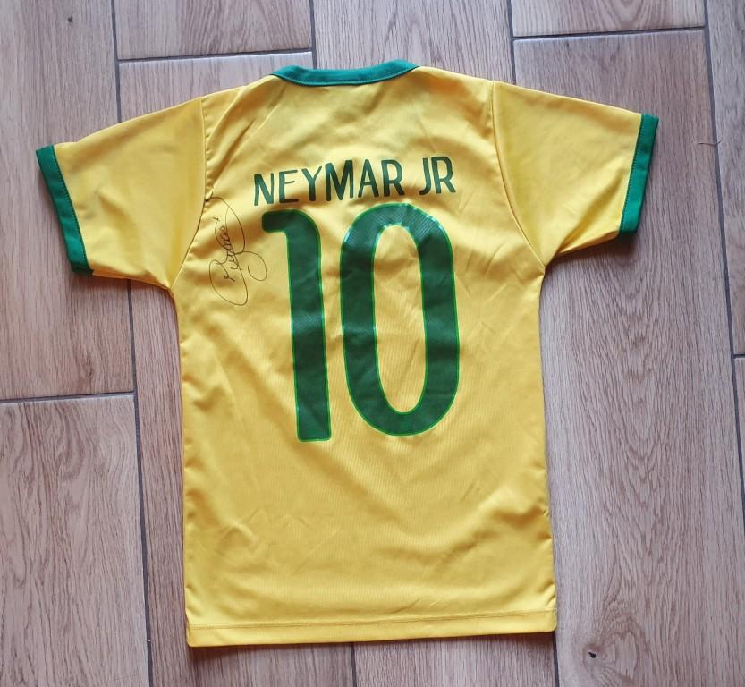 Neymar - koszulka z oryginalnym autografem.