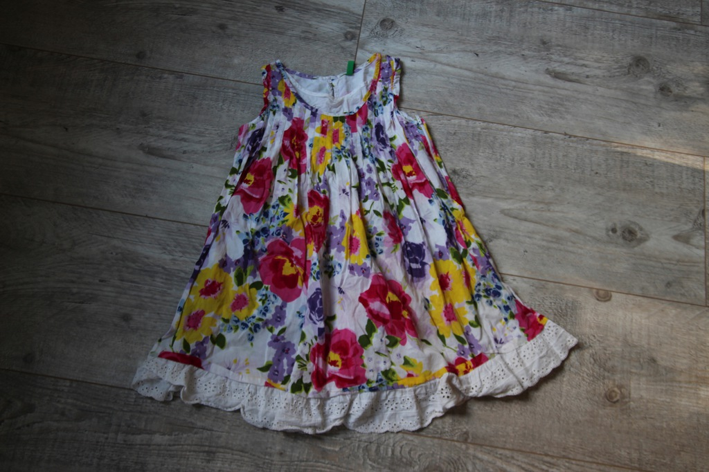 BENETTON sukienka letnia KWIATKI 122 / 128