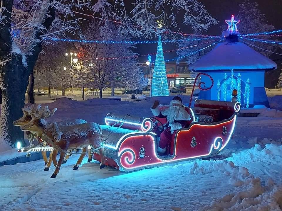 Przejazd na saniach Św. Mikołaja w Kolbuszowej
