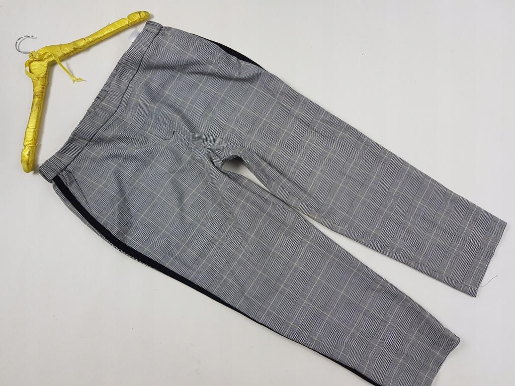 Reserved 44 Spodnie marszczone wpaski