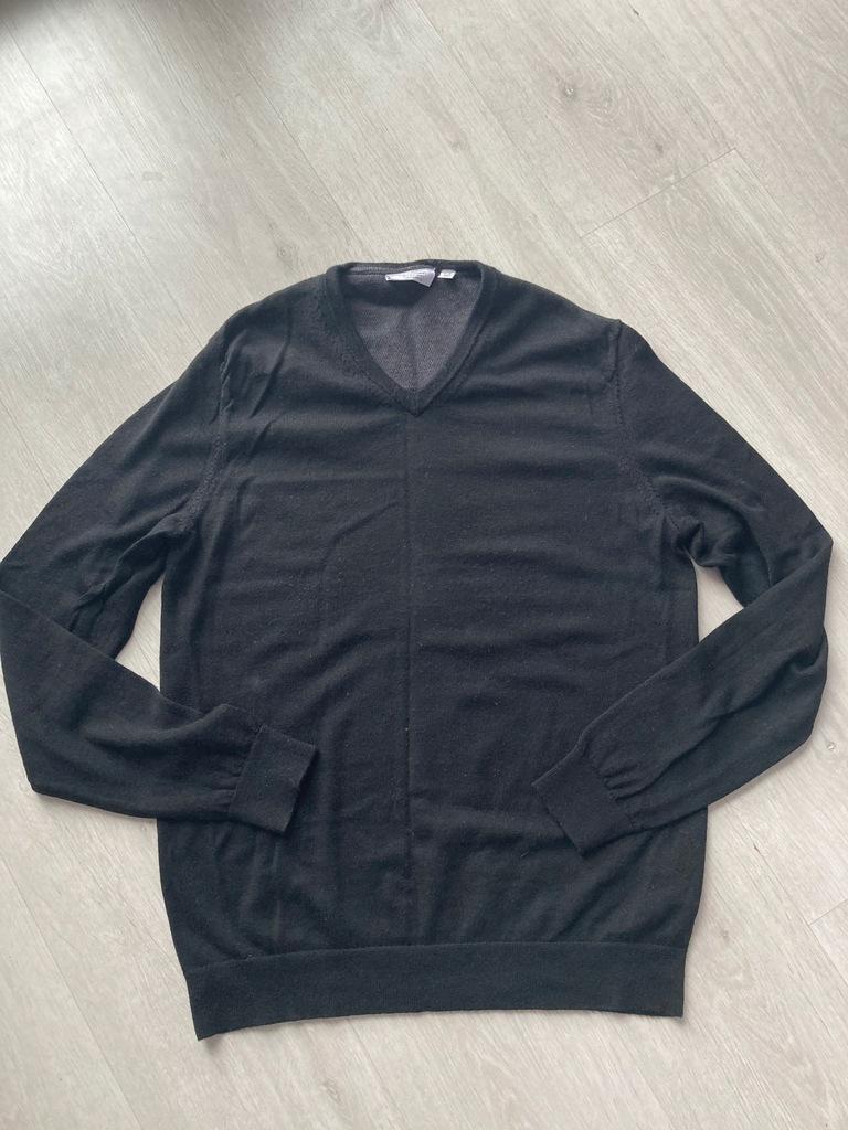 Calvin Klein sweter w serek M