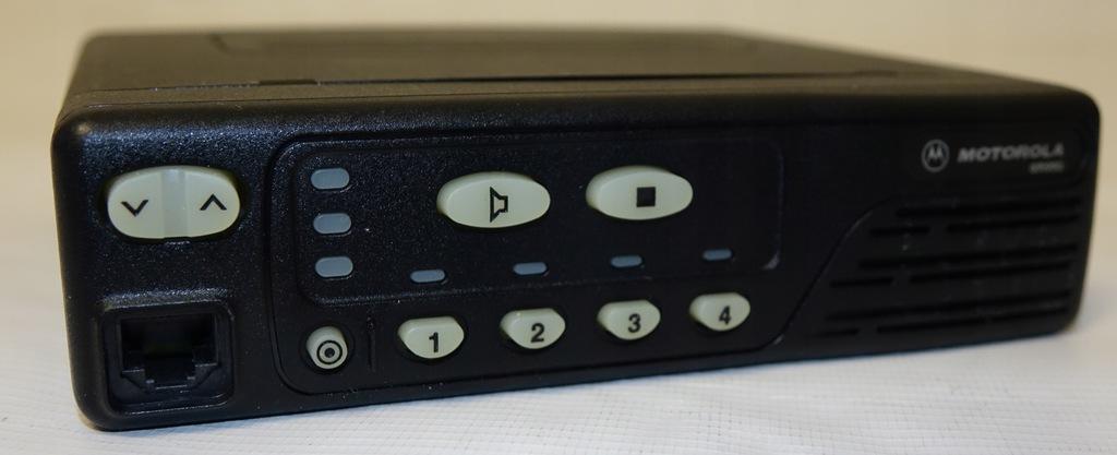 Motorola GM950 4K UHF 403-470 MHz GM 950