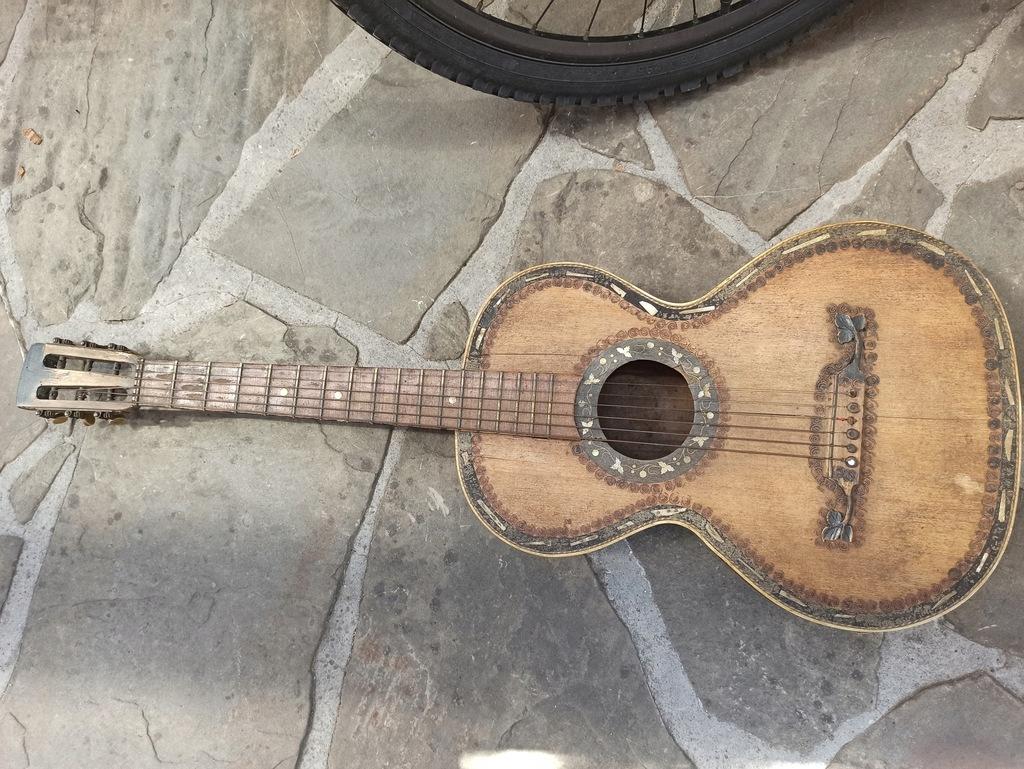 Gitara lwowska antyk
