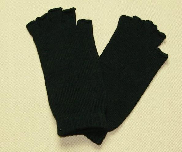 Rękawiczki bez palców firmy Coccodrillo 4-6 lat