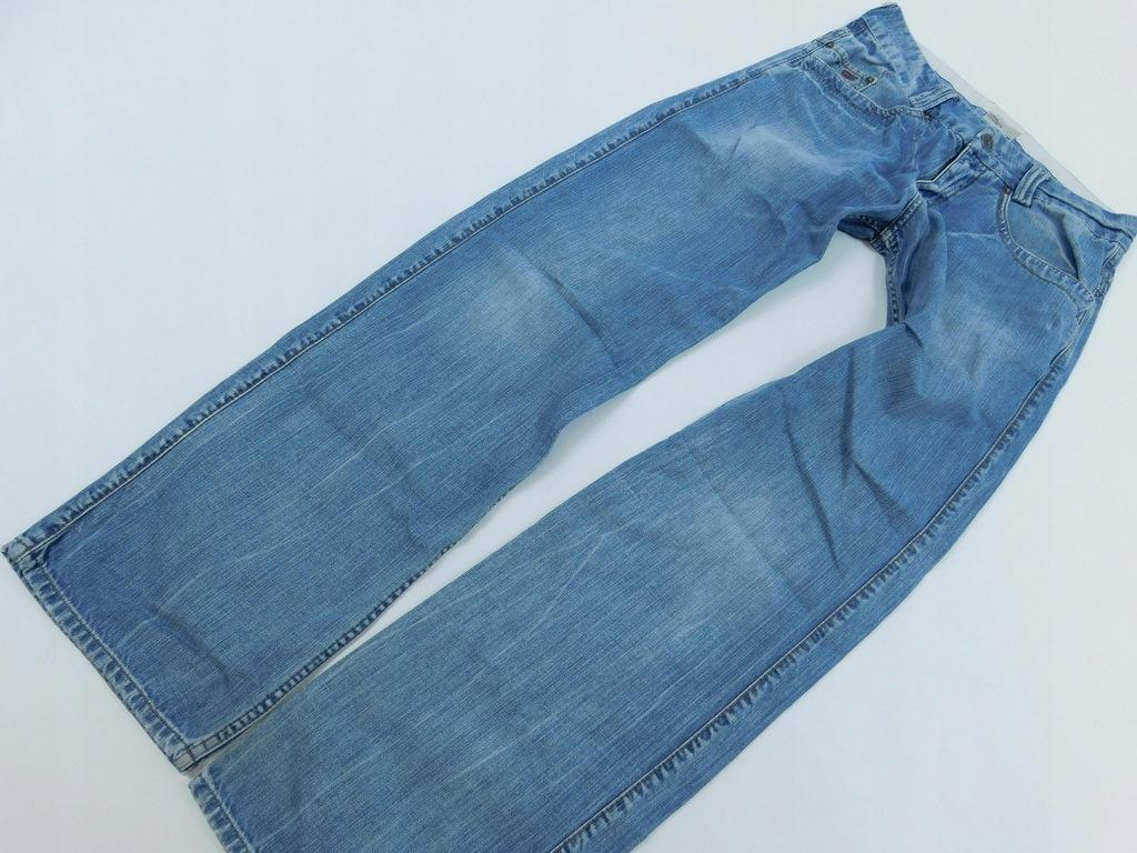 1309m11 _TOMMY HILFIGER _ SPODNIE jeans_ W31
