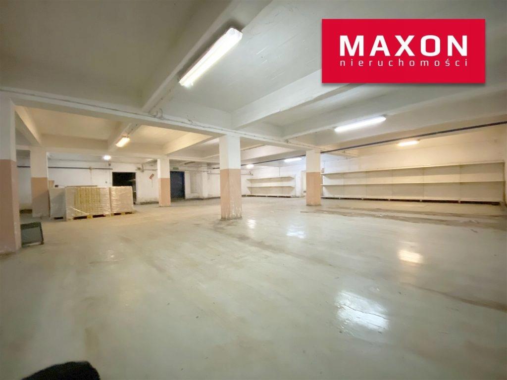 Magazyny i hale, Wołomin (gm.), 4720 m²
