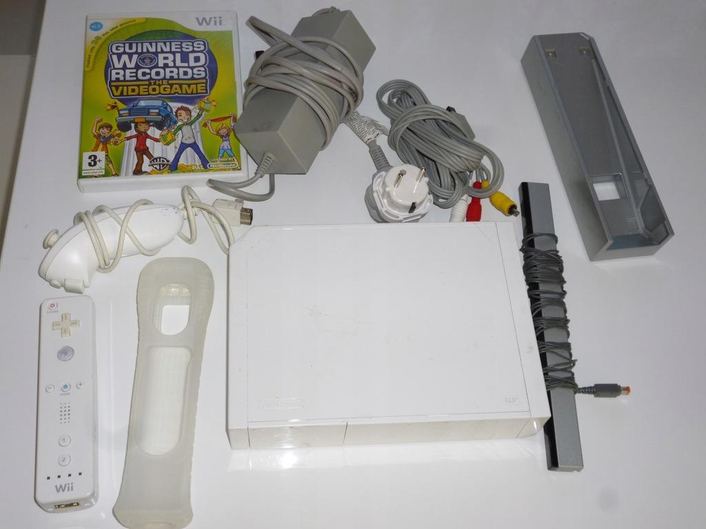 Konsola Nintendo Wii biała gry pady sprawna