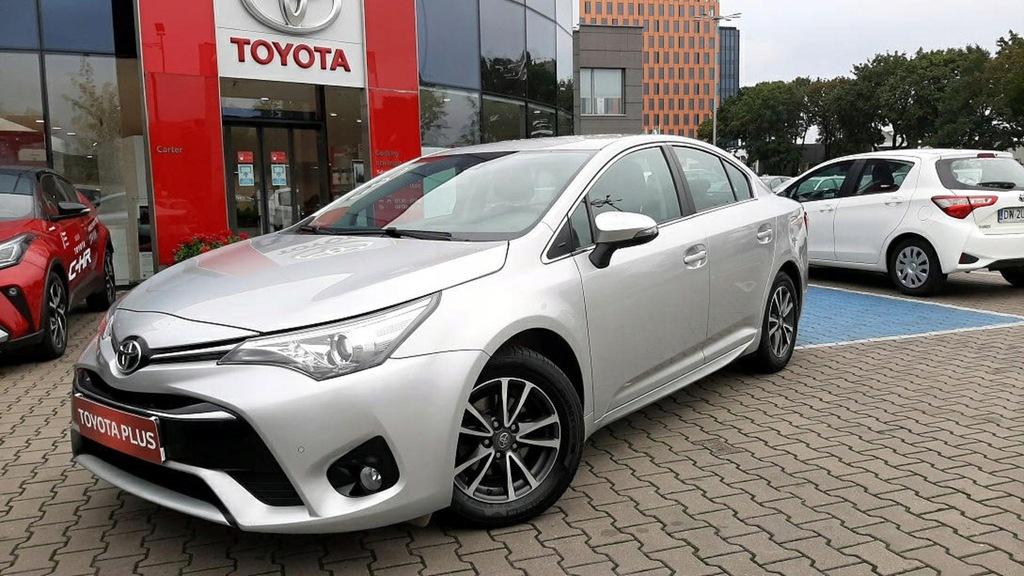 Toyota Avensis 1.8 Premium MS + Navi + Park