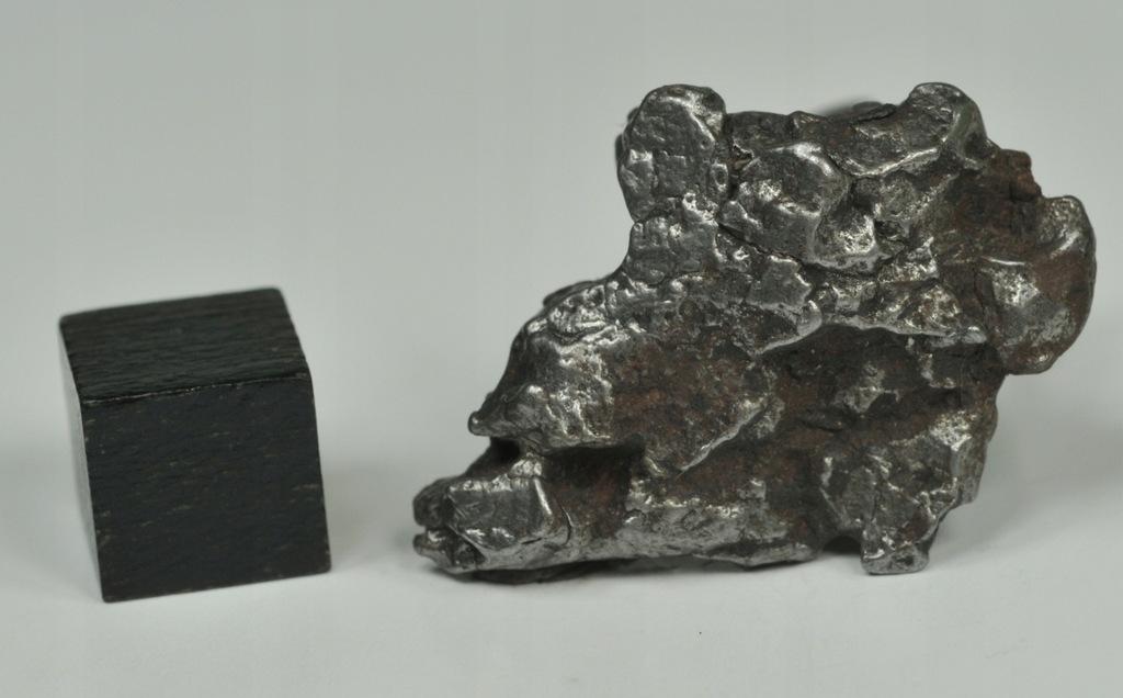 Meteoryt żelazny z Argentyny - 15,9g !!!