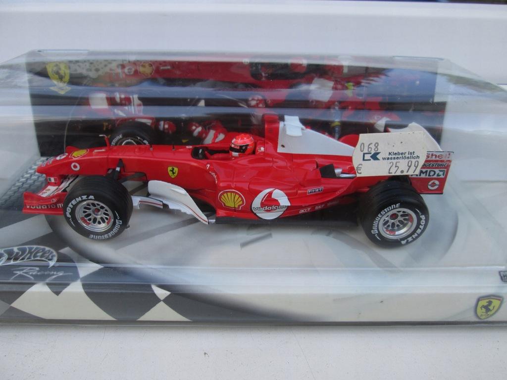 Ferrari F1 F 2004 M. Schumacher 1:24 Hot wheels