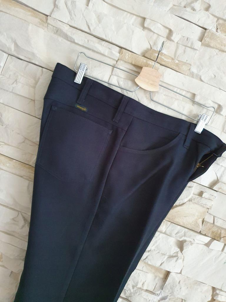 Wrangler 36 /30 czarne spodnie na kant jak nowe