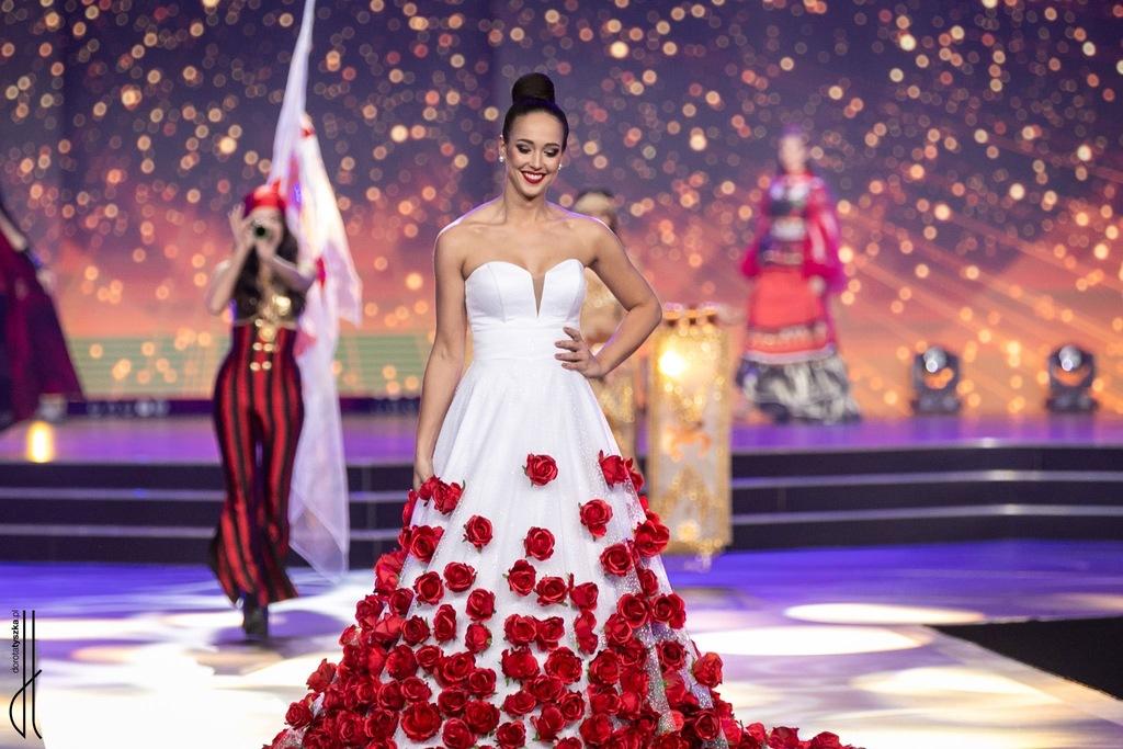 Suknia narodowa - Miss Supranational Poland 2019