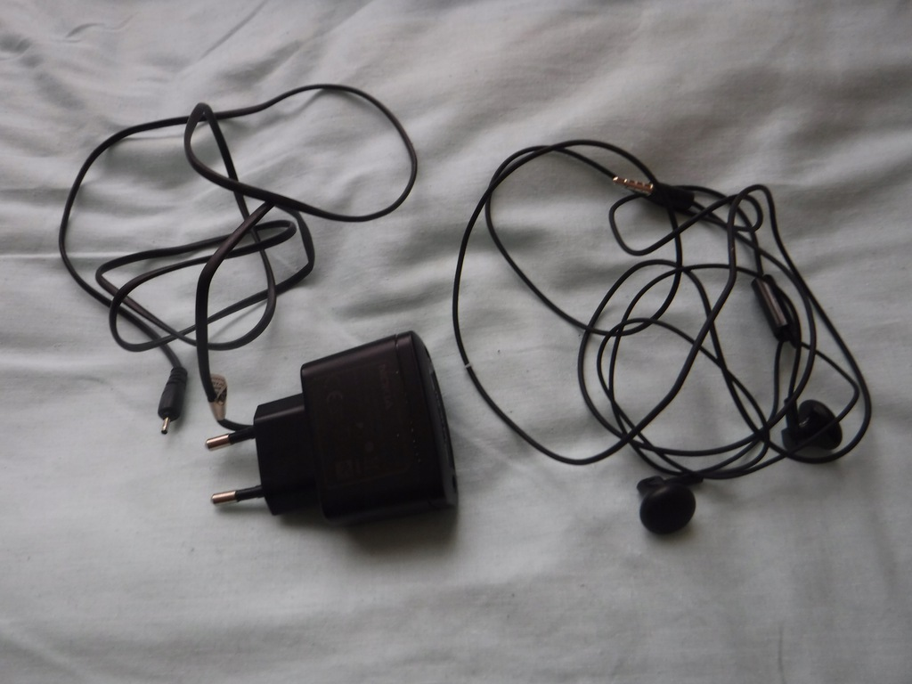 Ładowarka Nokia 3310 + słuchawki