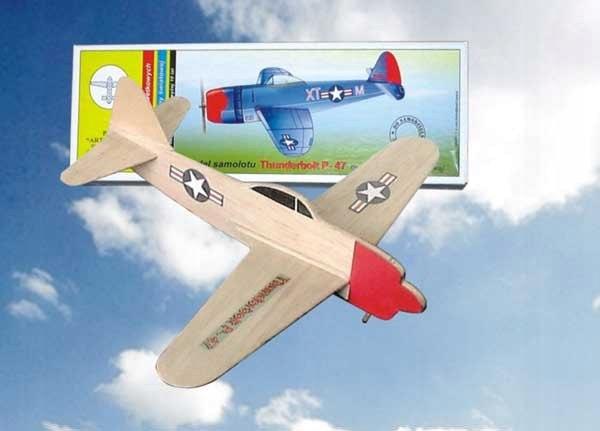 Szybowiec THUNDERBOLT P-47