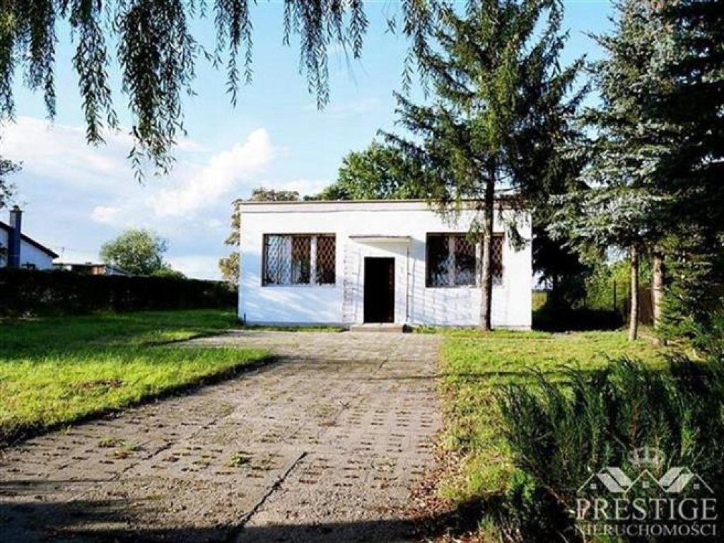 Komercyjne, Jeziora Wielkie, 100 m²