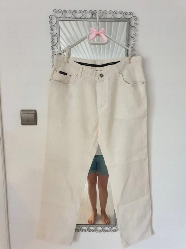 spodnie oryginał Hugo boss W36 L34 kremowe