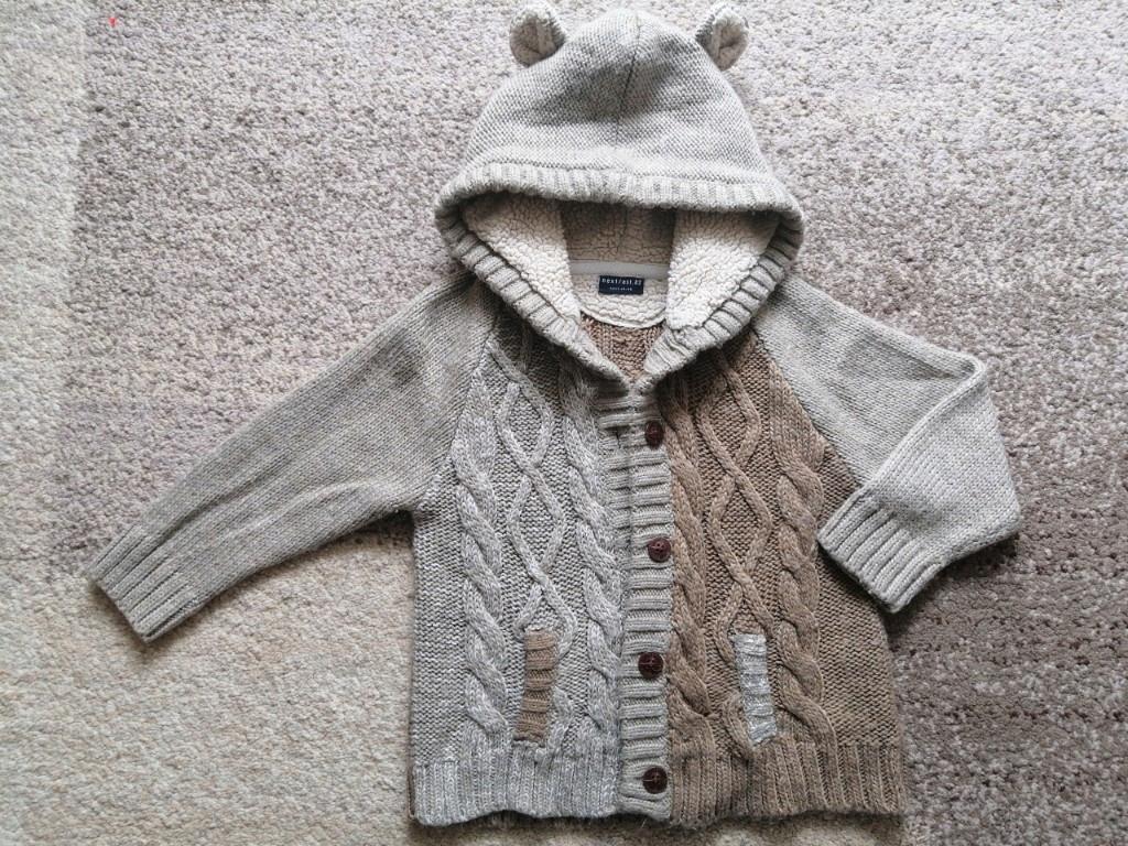 #75 Sweter rozpinany miś next