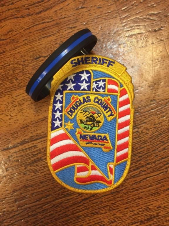 I. Oryginalne gadżety departamentu szeryfa - USA