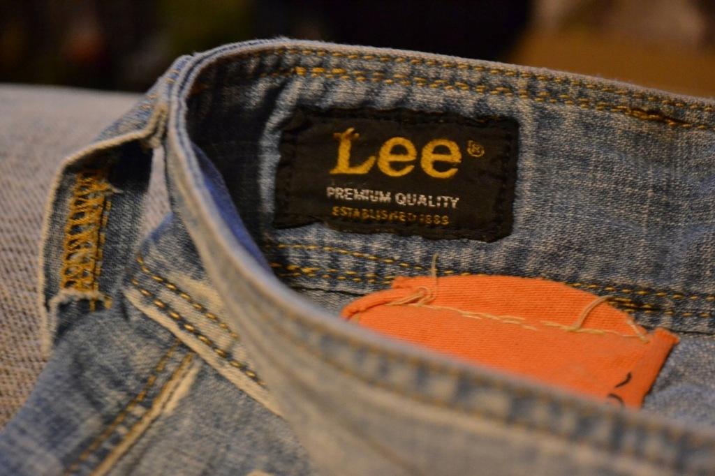 Spodenki jeans krótkie LEE DILLON BERMUDA W32L34