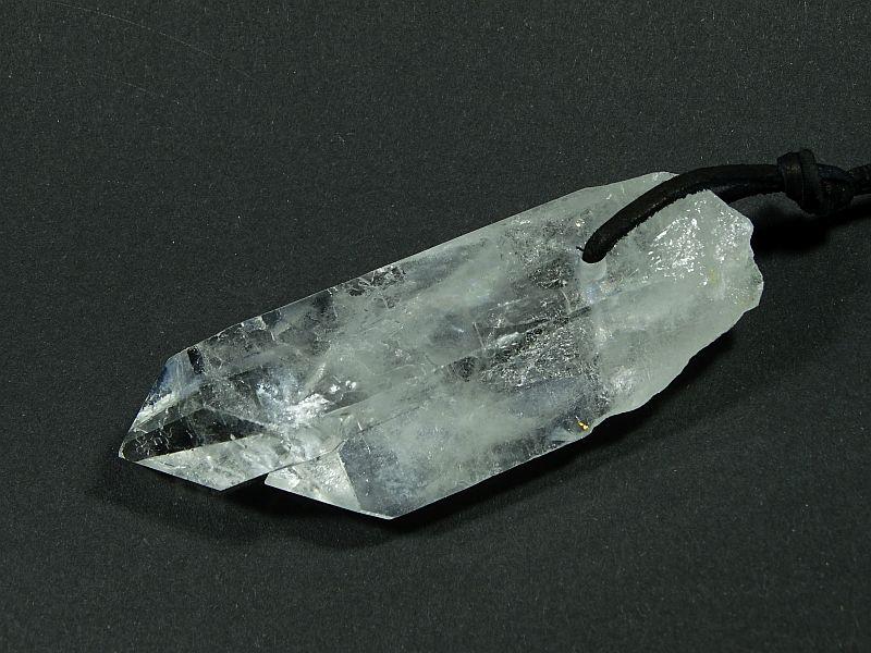 Kryształ górski Wisior przewiercony 255