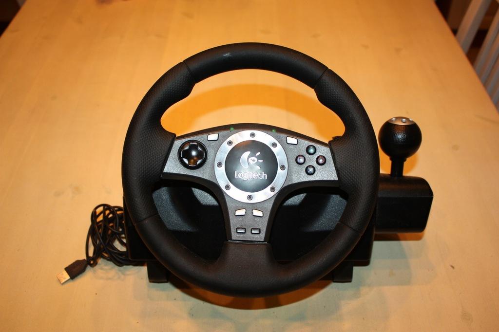 Kierownica Logitech Driving Force Pro PC/PS2/PS3