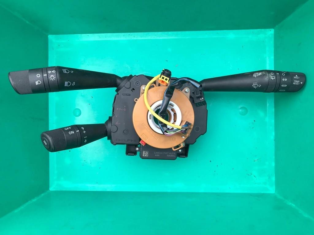 Fiat Doblo 10-16 przełącznik zespolony + tempomat