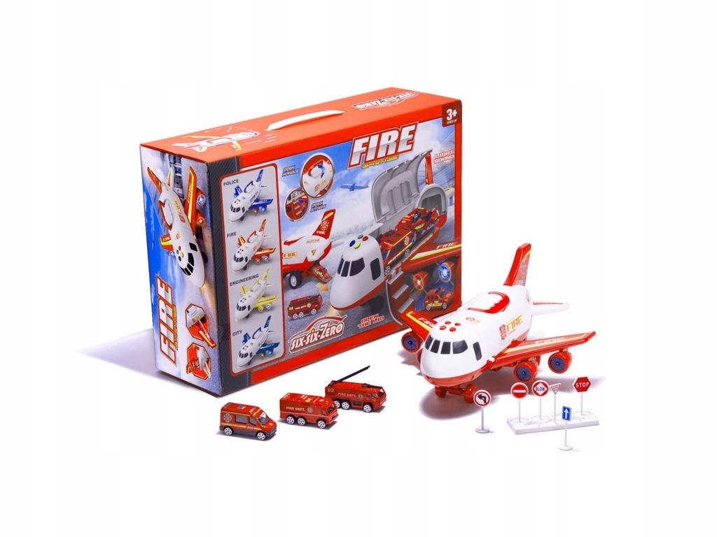 Samolot transporter z autami straż pożarna