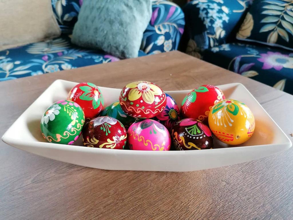 Kolorowe drewniane jajka pisanki 12szt