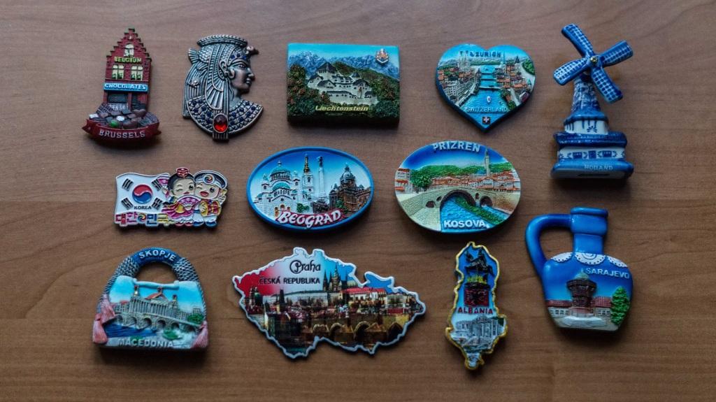 12 magnesów z 12 państw świata od polegytravels.pl