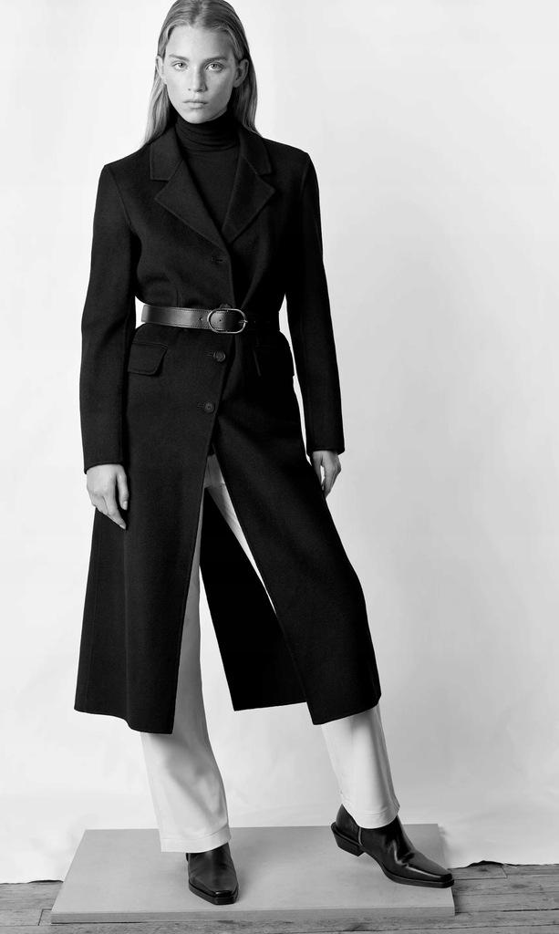ZARA czarny płaszcz z domieszką wełny z paskiem XS