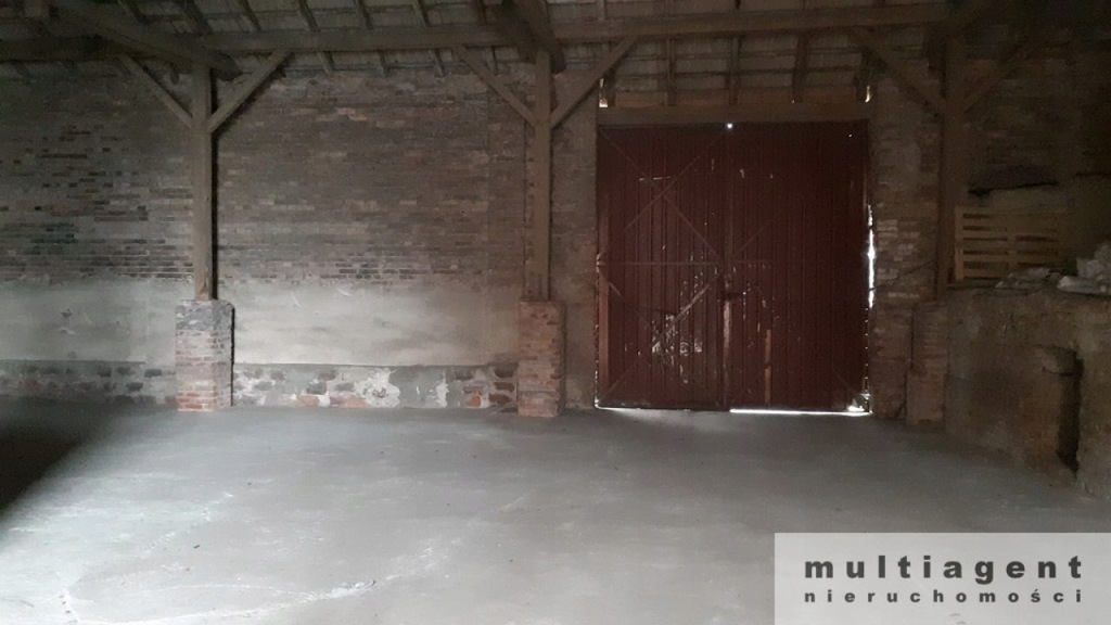 Magazyny i hale, Ustowo, Kołbaskowo (gm.), 1400 m²
