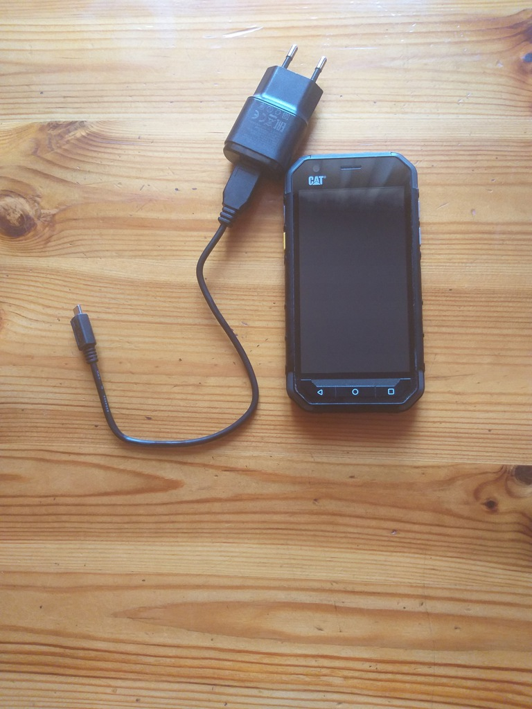 Telefon CAT S30