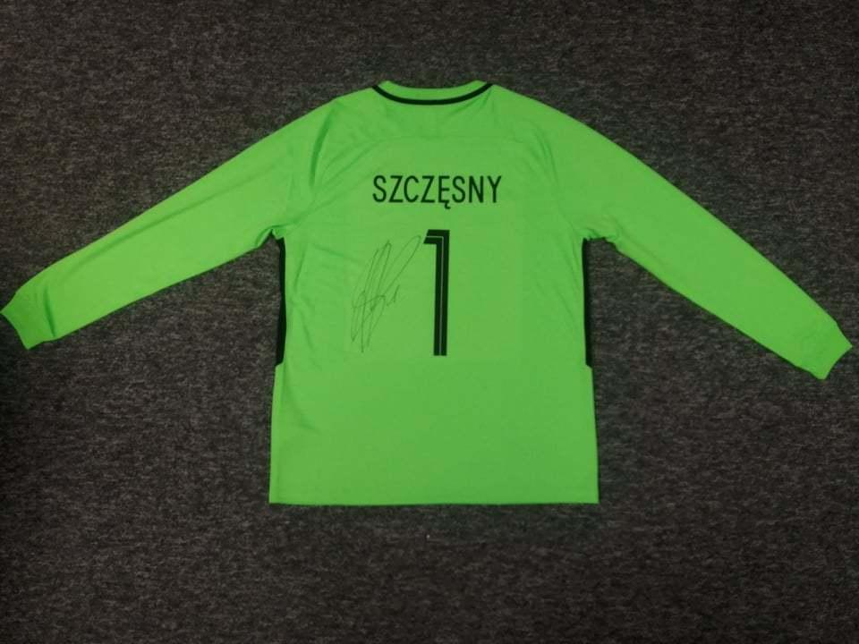 Wojciech Szczęsny - koszulka z autografem