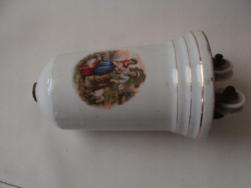 stary porcelanowy obciążnik lampy wiszącej