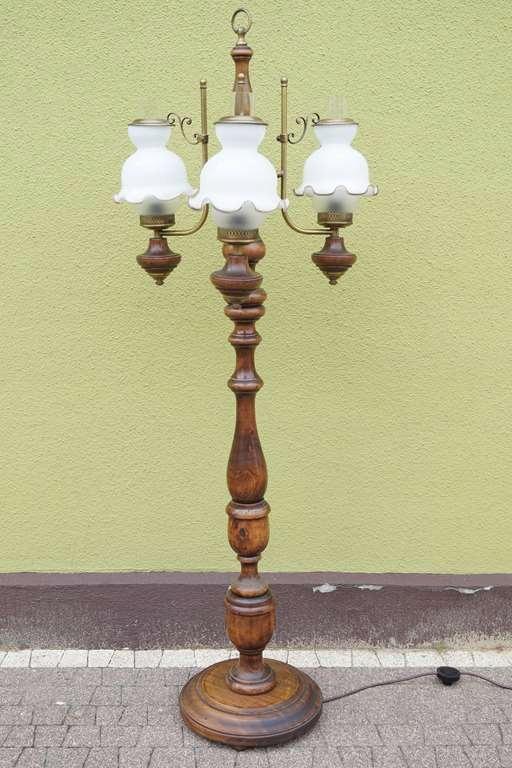 Stylowa Lampa podłogowa z kloszami