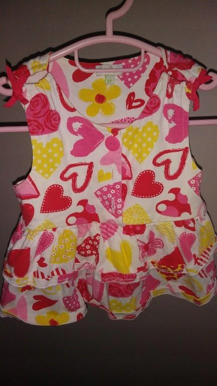 sukienka w serduszka na 3 lata