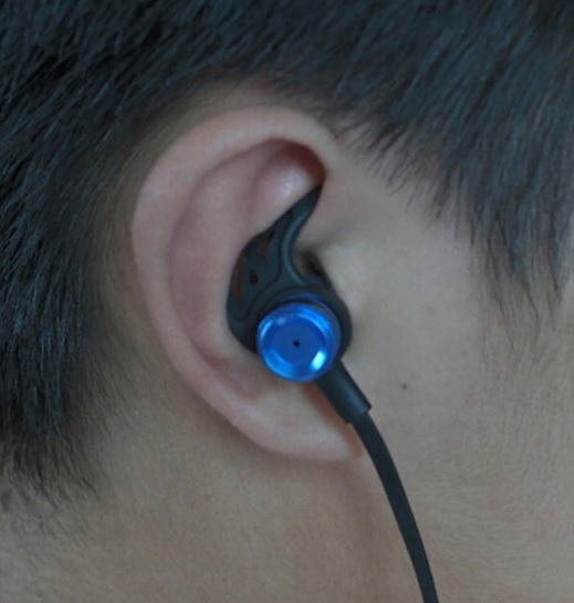 Zaczep do ucha słuchawki dokanałowe