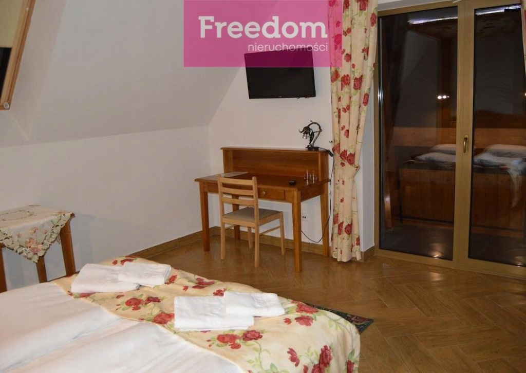 Komercyjne, Czarna Góra, 17 m²