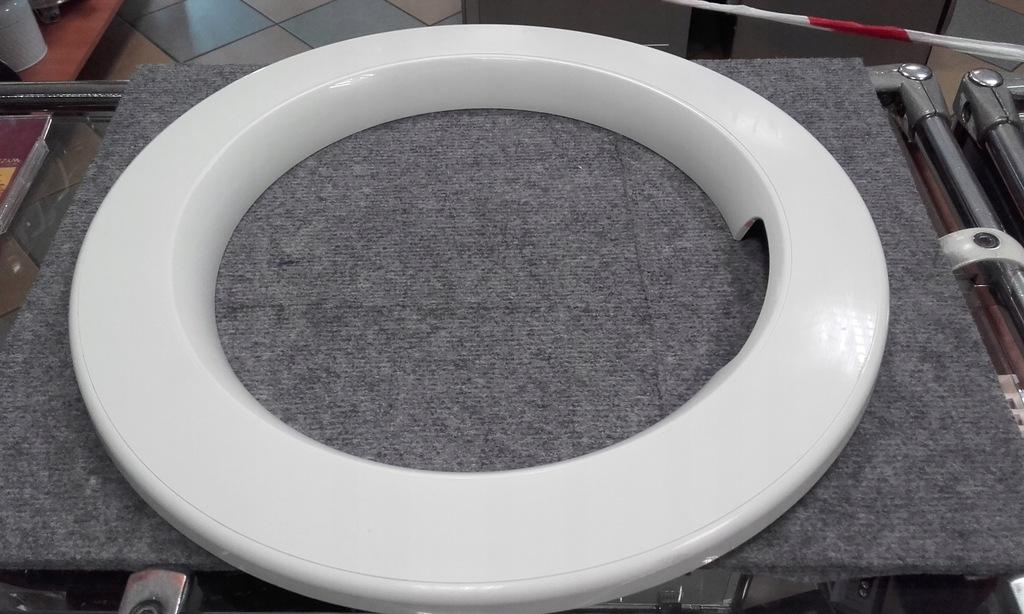 Pierścień drzwi pralka Samsung WF60F4E0W0W zew.